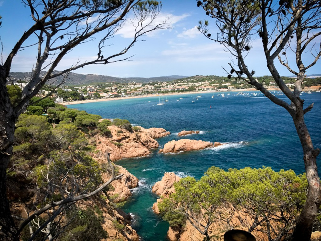 view_to_Sant_pol_beach