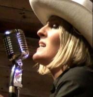 Rosie sings 225