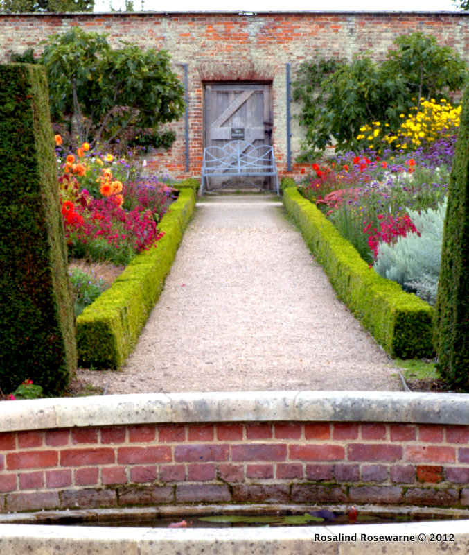 Inspirations From A Walled Garden – Wimpole Hall Rosewarne