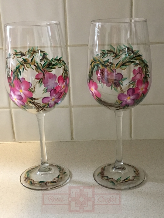 Rosie Crafts Painted Pansy Flower Wine Glass Set