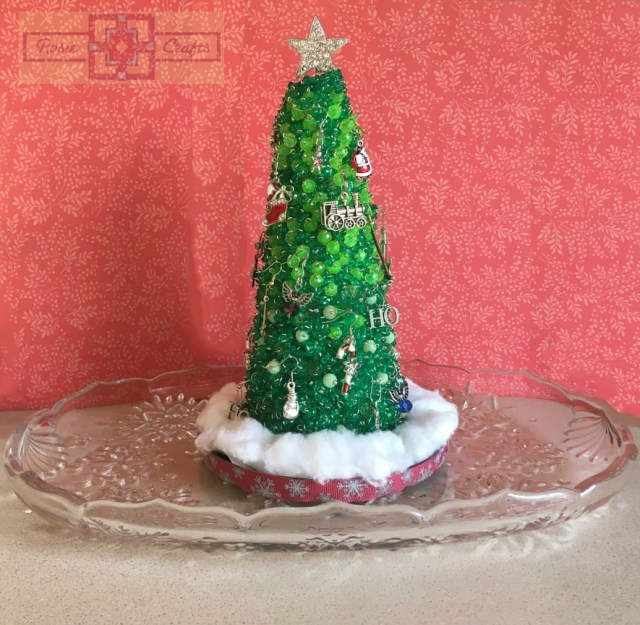 Rosie Crafts Christmas Jewelry/Ornament Tree