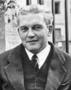 Erik_Peterson_in_Rom_20-Nov-1938gif