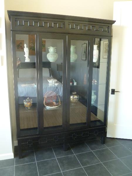 Oriental bedroom display cabinet