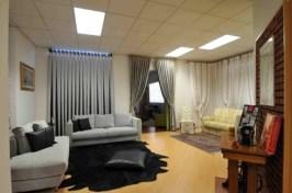 showroom diani, poltrone, tappeti, tende e tendaggi