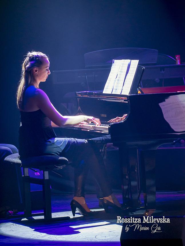 piano harp voice, Rossitza Milevska talented artist