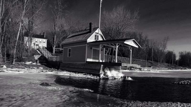 Rosslyn boathouse by Bill Amadon, March 13, 2015