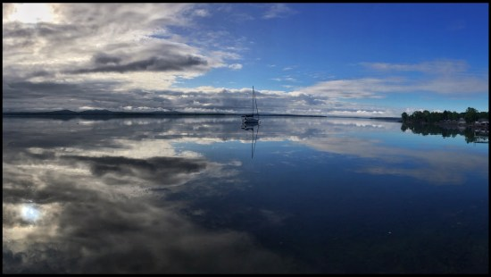 Lake Champlain offered up this morning mirror today. Errant reflected… (Source: Sailing Errant)