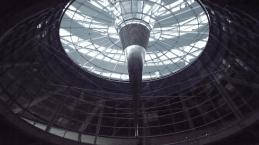 Reichstags-Kuppel von unten