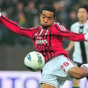 Il gol di Emanuelson in Milan - Parma