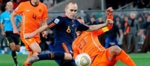 iniesta-in-spagna-olanda-finale-del-mondiale-2010_51358