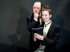 Peter Warden as Peter Shaw, Isabelle Grimm as Henrietta Leavitt