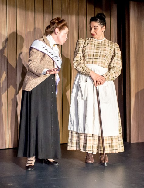 Rachel Kayhan as Annie Cannon, Alicia Piemme Nelson as Margaret Leavitt