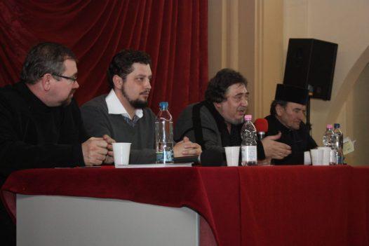 De la stinga - pr. Ioan Al. Mizgan, Claudiu tarziu, Razvan Codrescu si pr. Lucian Augustin. Expo Rost Oradea - 14 ian 2011