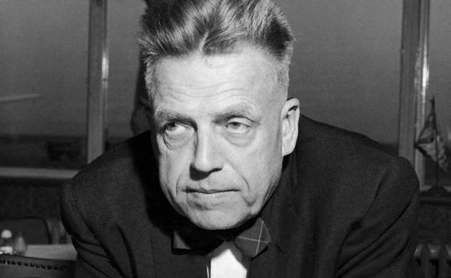 """Alfred Kinsey, părintele """"educației sexuale"""", pervers și infractor sexual"""