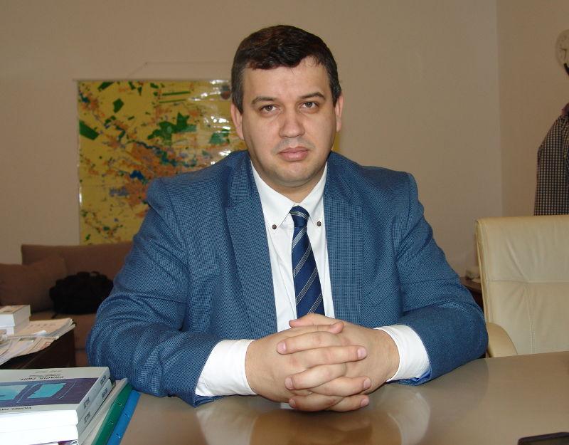 """""""Unirea se poate face prin votul parlamentelor de la Chișinău și de la București"""""""
