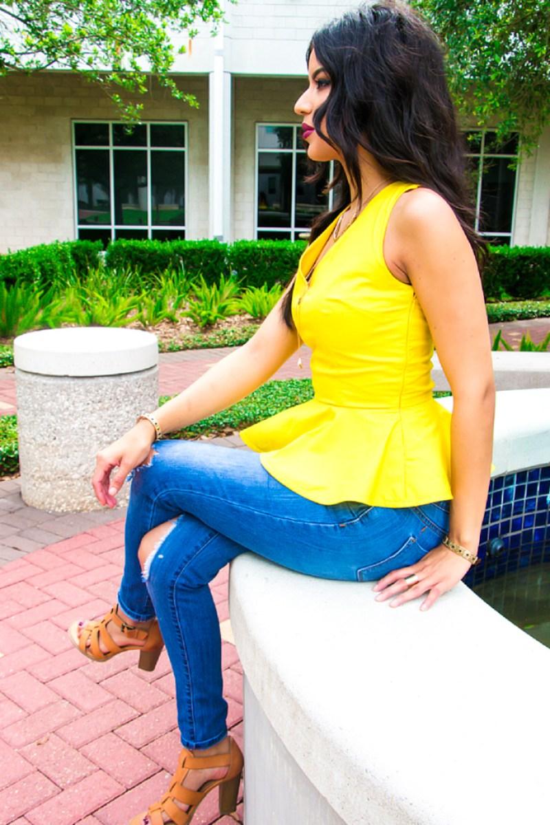 Yellow Peplum Top + Pattern Review: Simplicity 8136 - Rosy | Peña