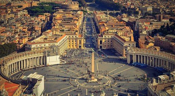 Controversie lavorative fra dipendenti e Stato di Città del Vaticano