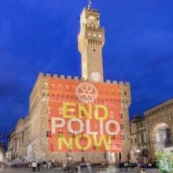Palazzo Vecchio illuminato nel febbraio 2016 a favore della campagna del Rotary contro la polio