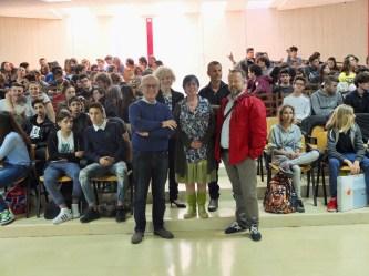 Rotary Club con Soprana, Orlandini, Tusoni, Poli, la Dirigente e i ragazzi