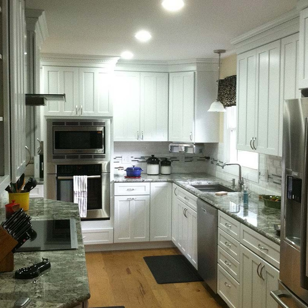 New Kitchen Construction With White Kraftmaid Cabinets