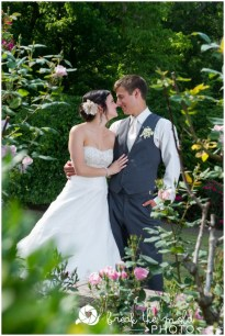 break-the-mold-photo-daras-garden-unique-wedding-photography_3007