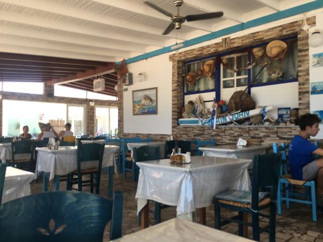 kos-kamari-ristorante-captain-john-interno-2