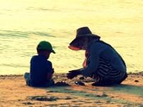 Die beste Lehrerin für perfekte Sandkugeln