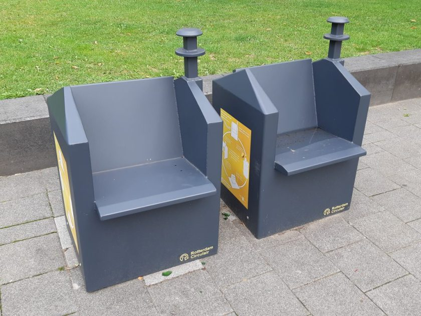 Rotterdam Daily Photo: Tired? Take a rest on a garbage container!