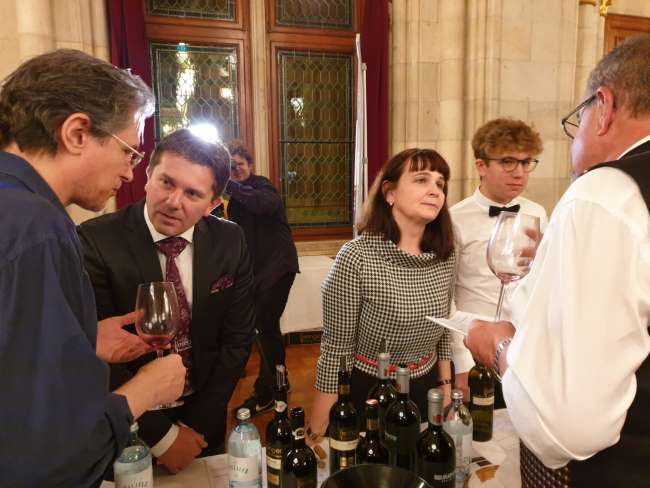 AWC VIENNA - International Wine Challenge Keringer