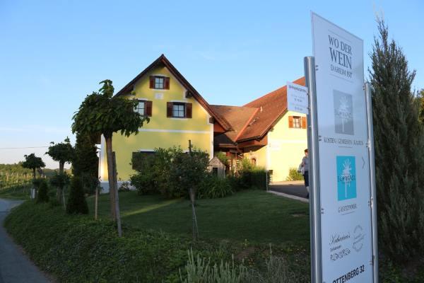Weingut Schwarzl
