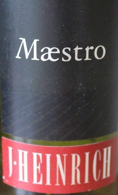 Weingut J