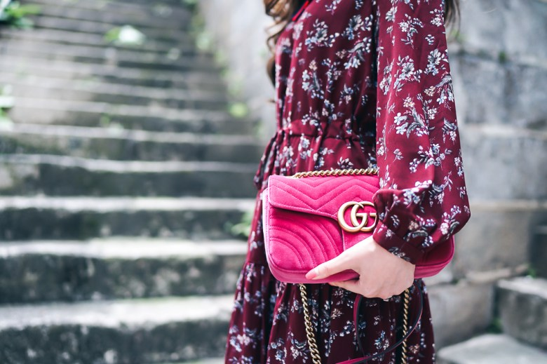 Gucci Marmont bag in velvet pink