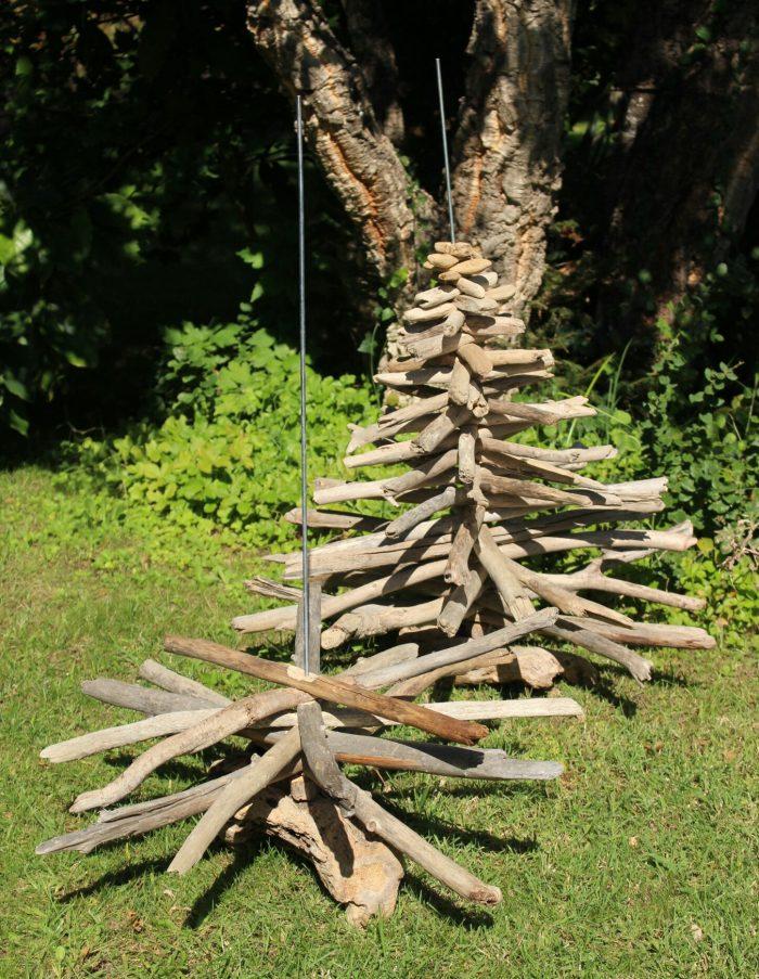 Préparation des sapins en bois flotté