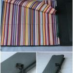 Trousse à pinceaux multicolore, dessus tressé