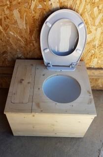 Modèle de wc sec by Stef menuisier Gard