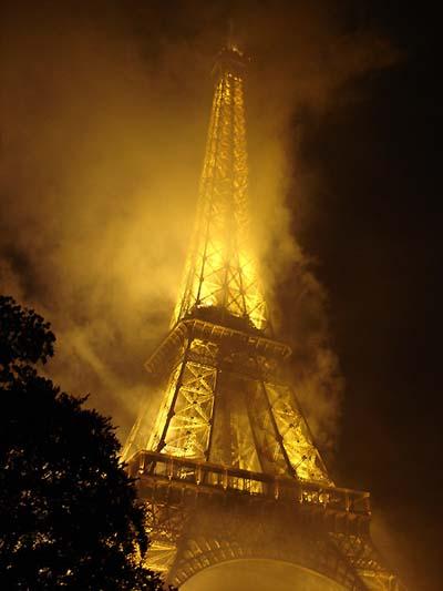 Résultats de recherche d'images pour «PARIS EN FEU»