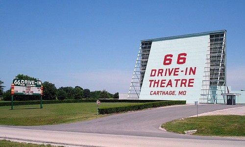 100 years of drive-in theaters in one map
