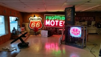 Neon signs of Oklahoma City - Route 66 News