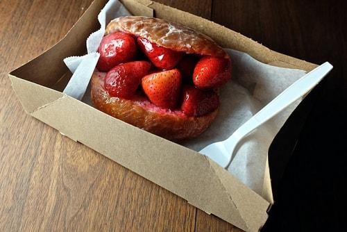strawberry doughnut, Donut Man