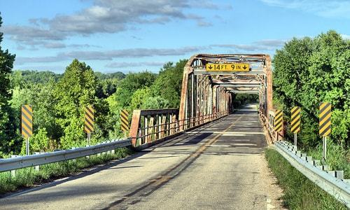 Missouri likely won't give up possession of Gasconade River Bridge until next year
