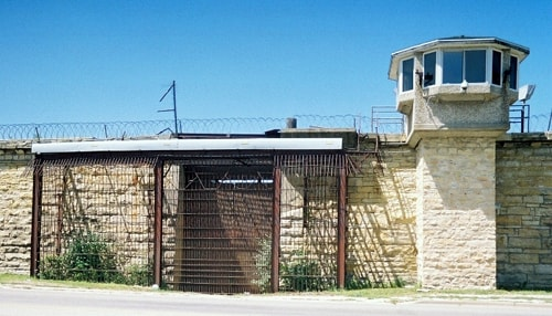 Joliet sets up schedule for old prison tours