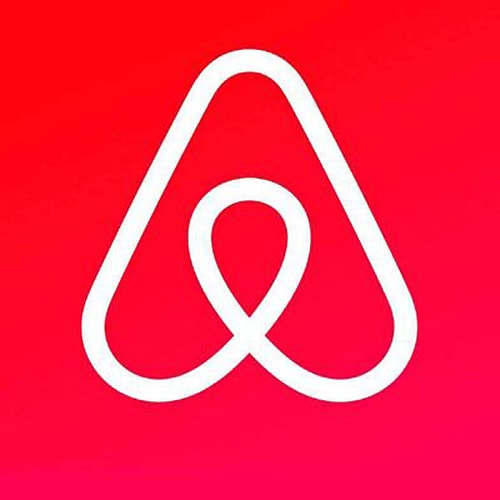 Should Airbnb sites on Route 66 undergo more regulation?