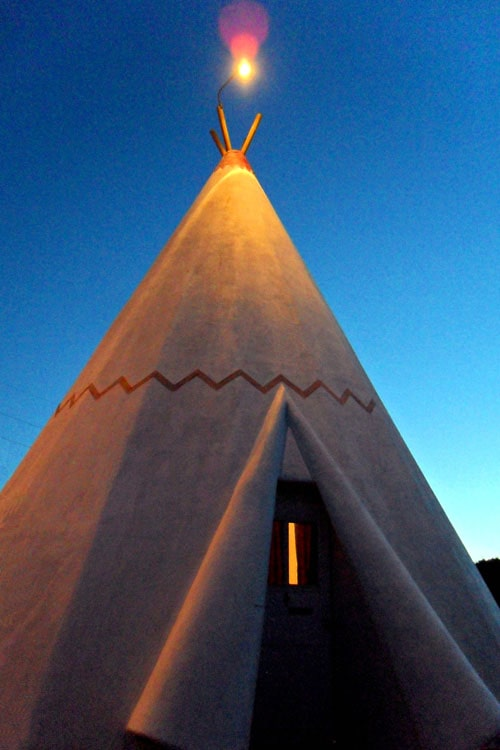 A look at the Wigwam Motels almost 25 years ago