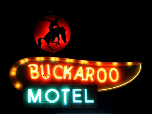 City Tucumcari approves landmarks ordinance for historic Route 66 neon signs