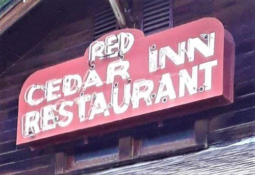 Route 66 Association of Missouri raising money to restore Red Cedar Inn sign