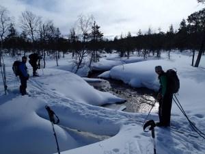 Crossing a river in Luirojärvi