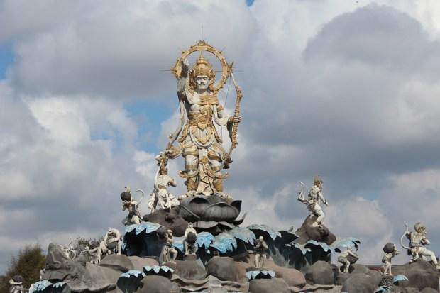 Bali day trip by car: statues in Bali