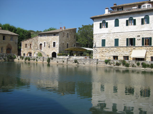 Bagno Vignoni Italy  Routes and Trips