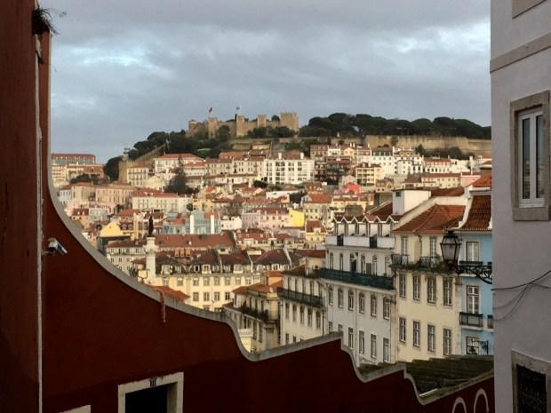 Touring Lisbon on tram 28, Lisbon Baixa and Castelo de S. Jorge