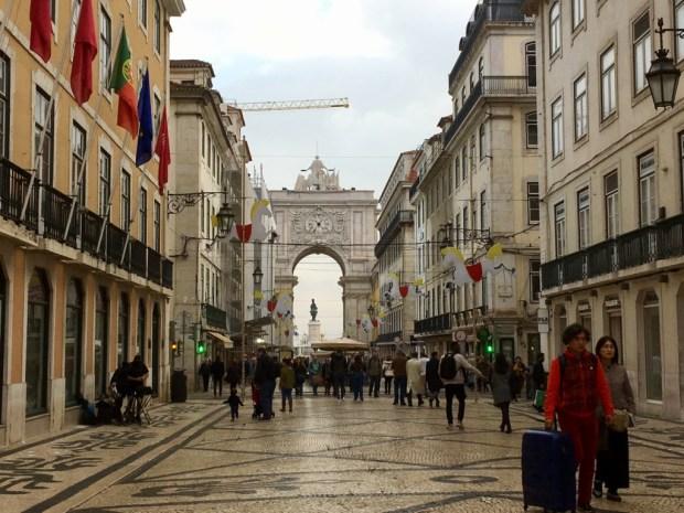 Touring Lisbon on tram 28: Rua Augusta